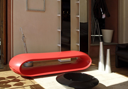 Serralunga lacquered bench