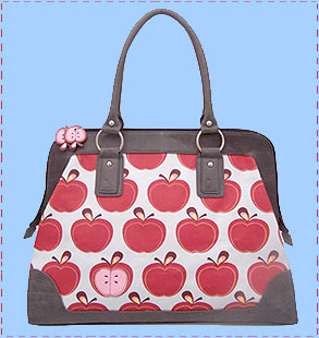 Apples_on_bag_310