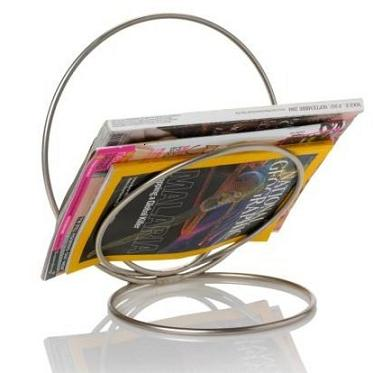 Ringo-sculptural-metal-magazine-rack