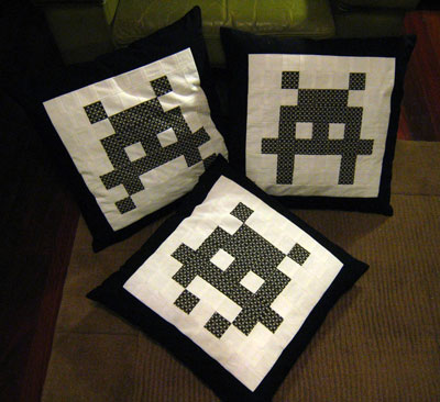 Invaders_cushions