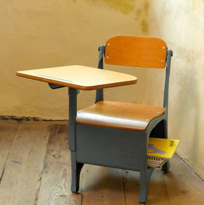 If You Don T Have A Child Of Your Own Find Any And One These American School Desks For Them