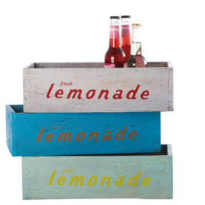 vintage style lemonade crates from berry red retro to go