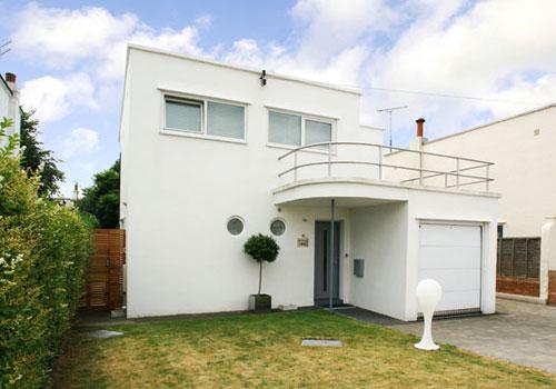 For Sale Art Deco Skye Haus In Graces Walk Frinton On Sea