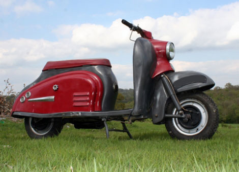eBay watch: 1959 Sun Wasp 175cc scooter