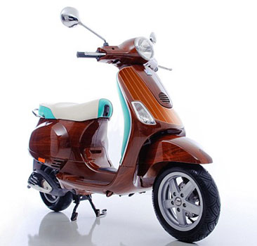 Tribute Vespa scooter by Digital Veneer
