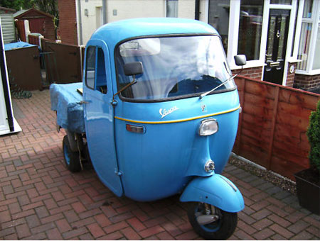eBay watch: 1960s Vespa tipper truck