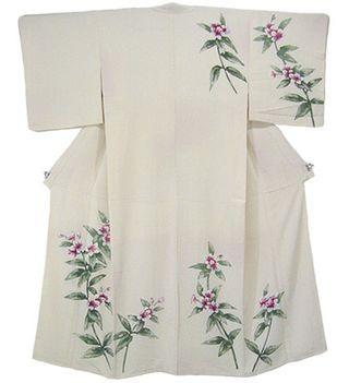 Kimono-TsukesageGracefulCherryBlossom-01