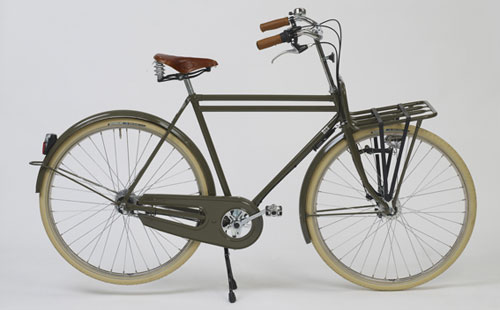 Old Style Bike With Basket Bicycle Model Ideas