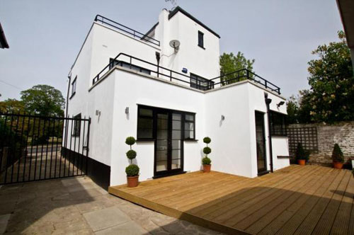 For Sale Five Bedroomed 1930s Art Deco Property In