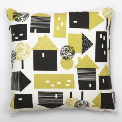 R_G_townplanning_cushion_yellow_72dpi