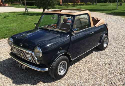 ebay watch 1970s austin mini convertible car retro to go. Black Bedroom Furniture Sets. Home Design Ideas