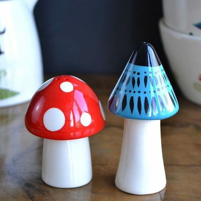 Toad stool salt and pepper
