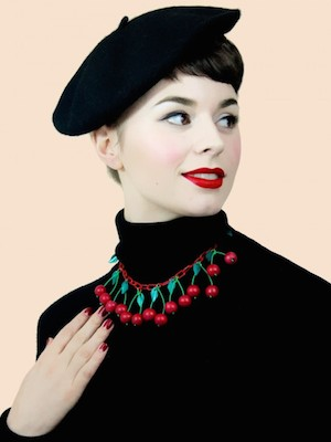 Classic-cherry-red-necklace-p1423-4946_image