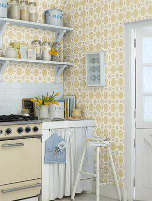 There's something of a 1960s vibe about this Folksy wallpaper by Layla Faye. Which is just fine by us.