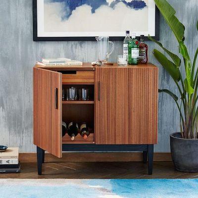 Reede bar cabinet