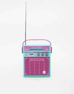 Sunnylife retro radio