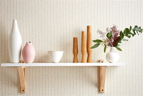 Lohko-Wallpaper-tocca-wallpaper-patterned-cream-white-funky-hallway