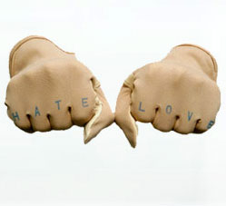 Lovehate_gloves