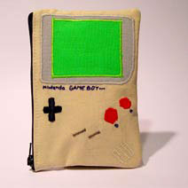 Gameboy_purse