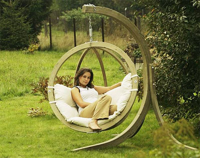 Amazing and Interesting Garden Chair