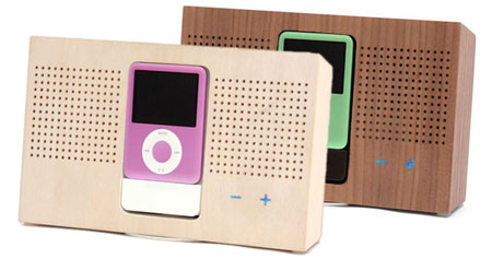 Ipod_wooden_2