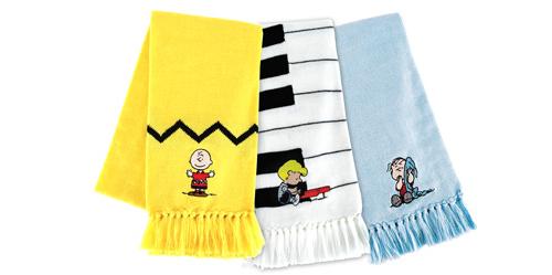Peanuts_scarf