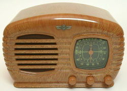 Bakelite_radio