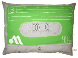 Cassette_pillow