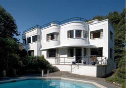 Modernisthouse
