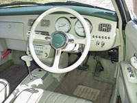 Nissan_figaro_inside